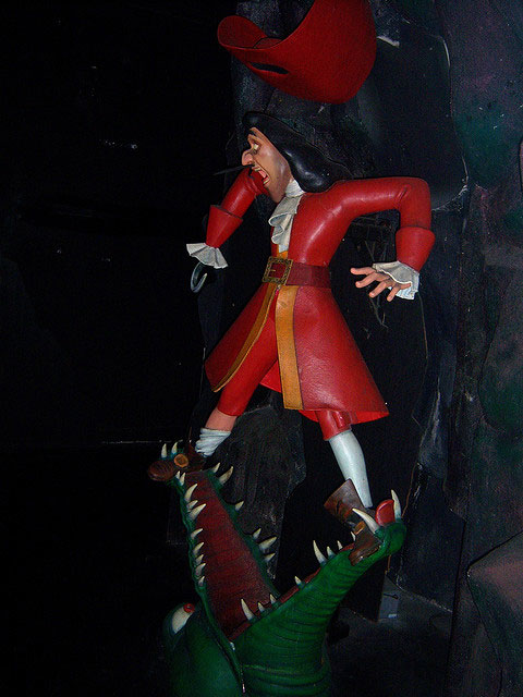 Disneyland's version of Peter Pan's Flight shows Captain Hook with hook on right hand.