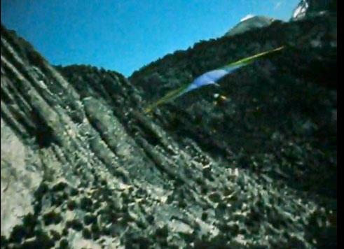 Hang glider in Yosemite in Soarin'