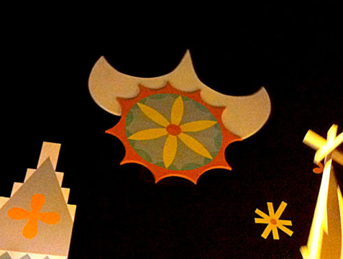 Holland sun in It's a Small World