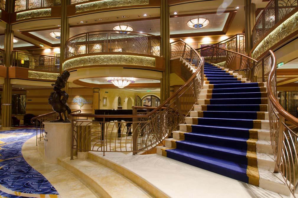 Disney Dream Lobby Parkeology