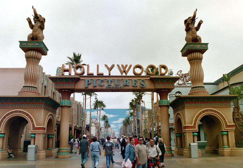 disney-california-adventure-park-hollywood-_-backl