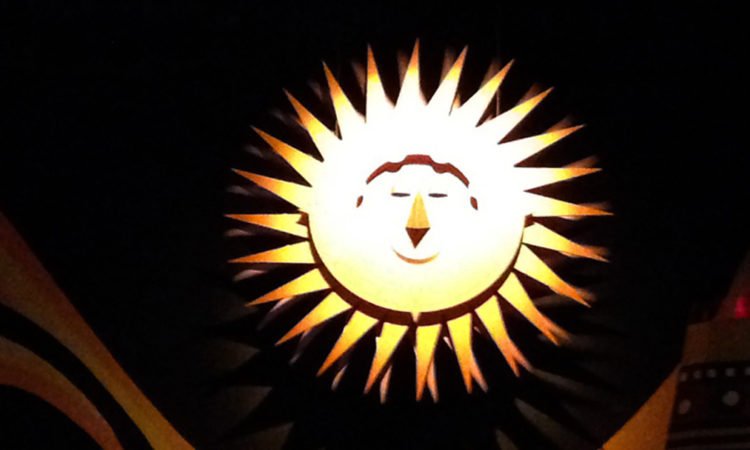 Low Tech special effects sun in it's a small world