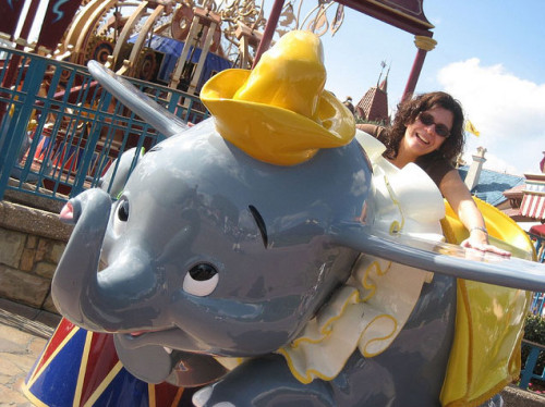 Just like this static Dumbo photo op, only in a circle!