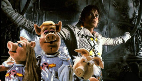 Captain EO teams up with the Pigs in Space from the Muppets